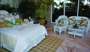view of outdoor bedroom